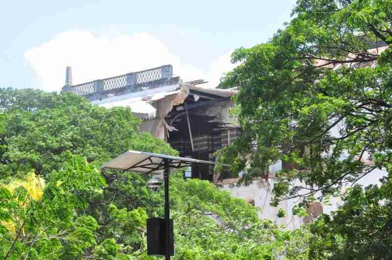 House of wonder collapsed - zanzibar - december 2020 (2)